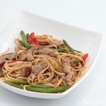 Удон (пшеничная) с свининой в соусе кинг + овощи